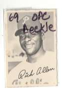 1969 O-Pee-Chee Deckle VG+ condition - PHILADELPHIA PHILLIES Team Set